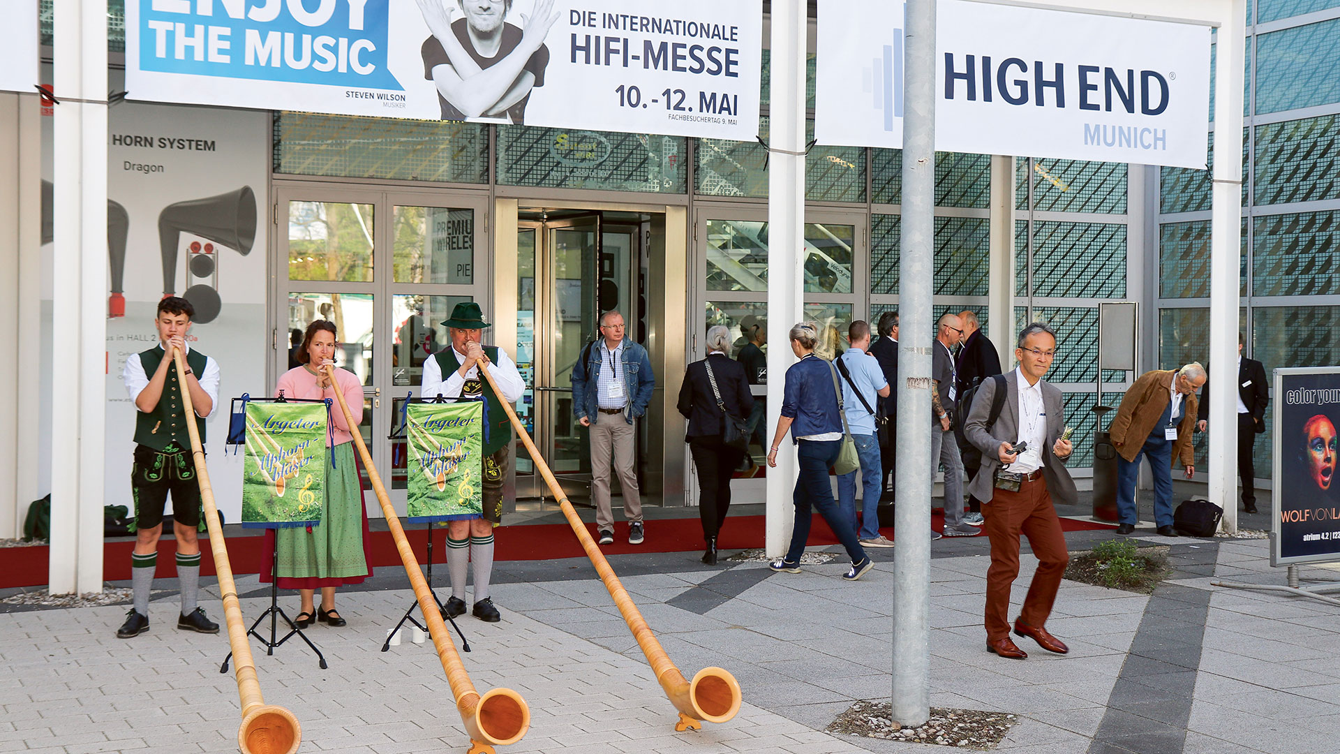 Not even the alphorn players could hide the fact that the High End has been becoming more and more international – English is now the language of choice.