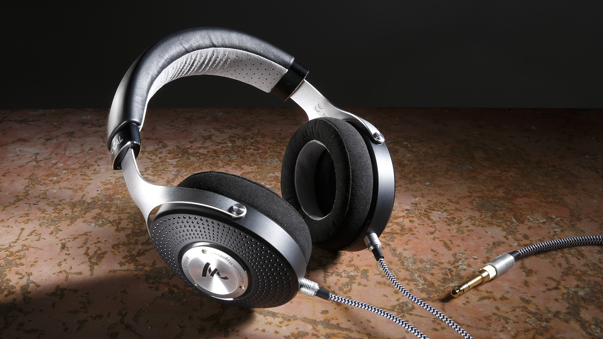 Stereo Magazine: Headphone Test